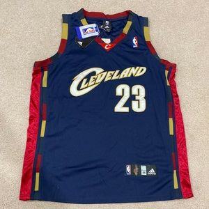 Lebron James Throwback cavaliers jersey